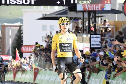 Geraint Thomas (Team Sky) won his second straight stage of the 2018 Tour de  France at the summit of Alpe d Huez 9dbf25610