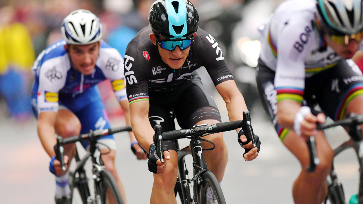 Froome's key man Kwiatkowski signs new Team Sky contract