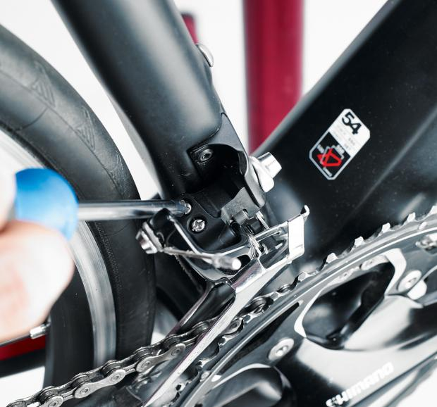 Front Derailleur Adjustment Cyclist